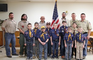 CubScouts Donate Flag